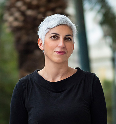 Anna Agadakou-englishspeaking lawyer in Greece